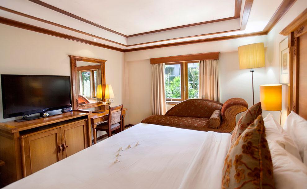 ramayana-hotel-kuta-bali-deluxe-wing-double-bed