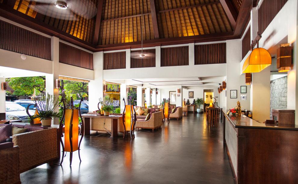 ramayana-hotel-kuta-bali-lobby-interior