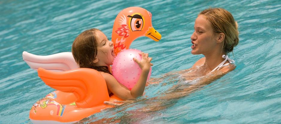holiday-inn-resort-baruna-bali-fun-family-swimming-pool
