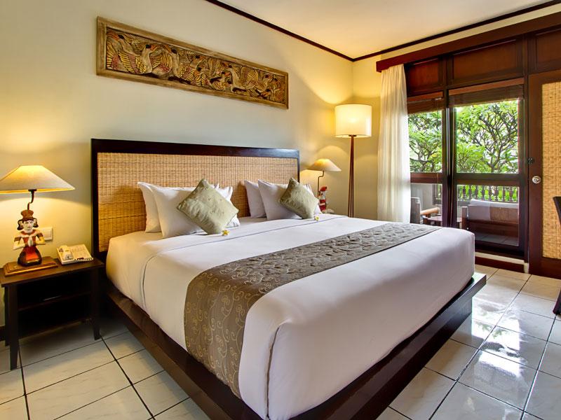 kuta_sea_view bed