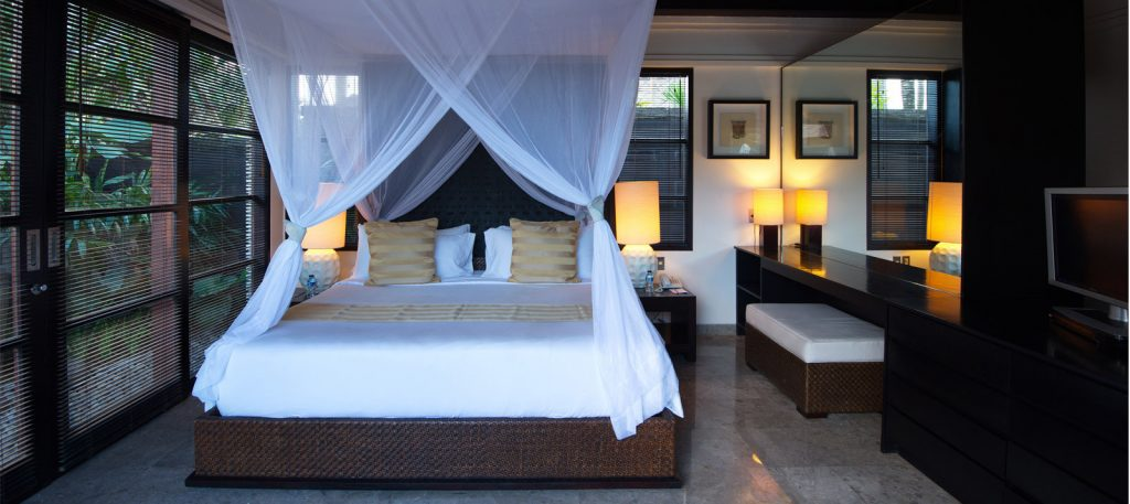 3-5-bedroom-bed-peppers-seminyak