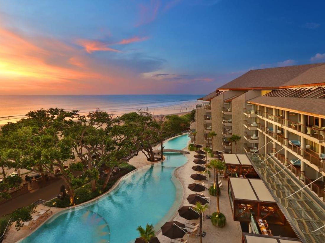 Double six luxury hotel tria uma travel for Luxury accommodation